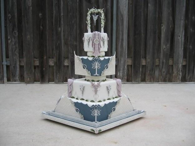 Необычные свадебные торты для поклонников кино