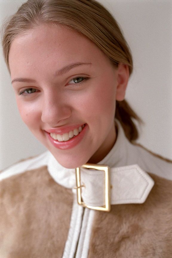 Скарлетт Йоханссон в 2002 году в фотосессии Элизабет Янг