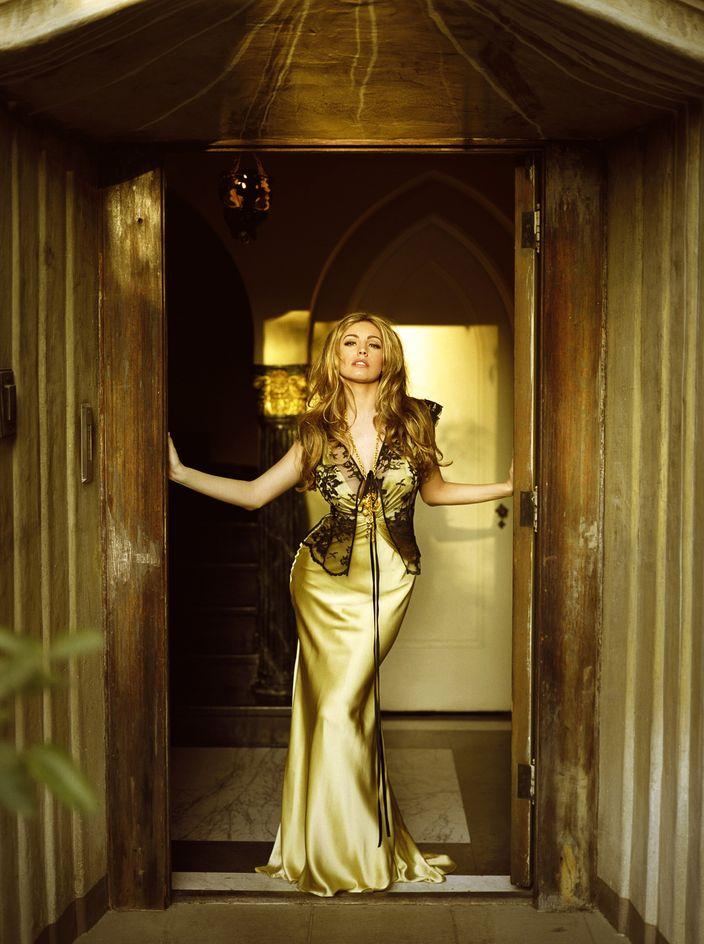 Келли Брук в фотосессии для журнала Hello