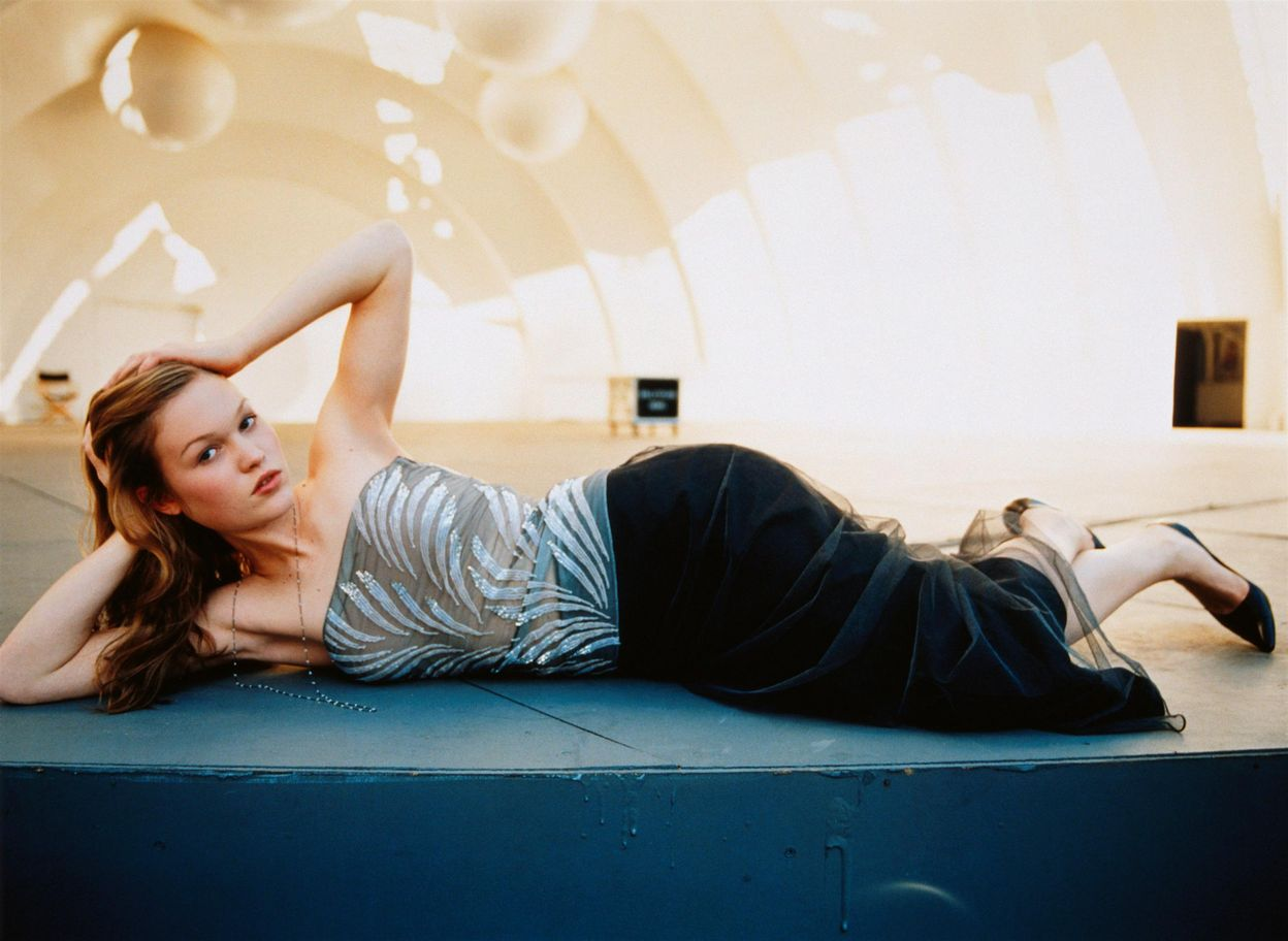 Джулия Стайлз в фотосессии Дьюи Никса