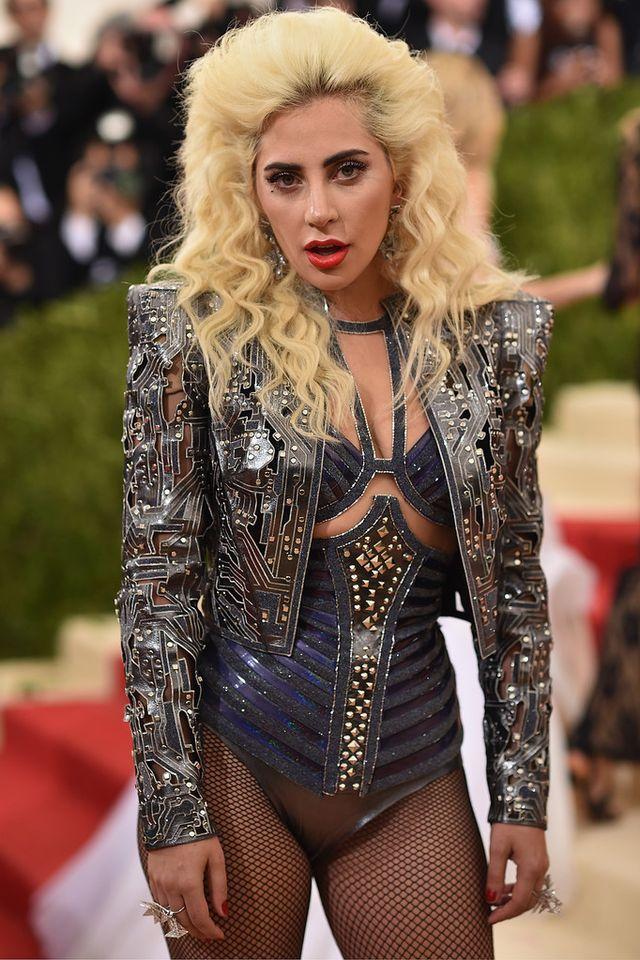 Ежегодный бал института костюма от журнала Vogue - 02.05.2016, Леди Гага