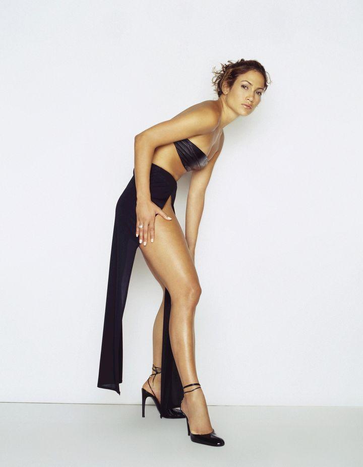 Дженнифер Лопес в фотосессии Барри Голливуда для журнала FHM