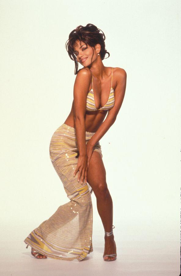 Холли Берри в 1994 году в фотосессии Гарри Лэнгдона