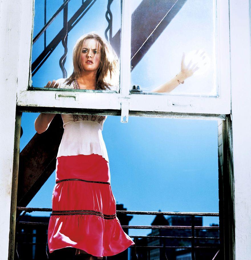 Алисия Сильверстоун в фотосессии Билла Диодато