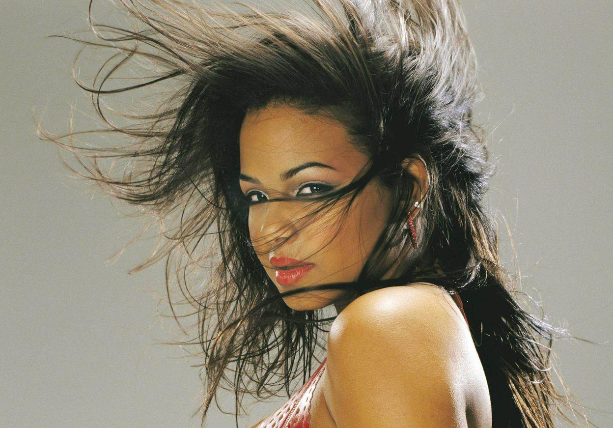 Кристина Милиан в фотосессии для журнала FHM