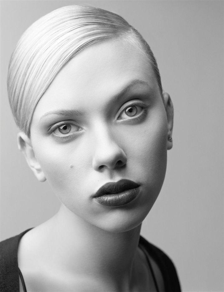 Скарлетт Йоханссон в фотосессии Крейга МакДина для журнала W