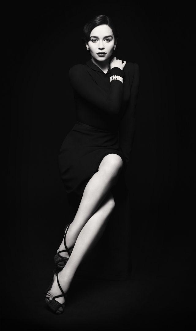 Эмилия Кларк в фотосессии для бродвейской постановки Breakfast at Tiffany`s