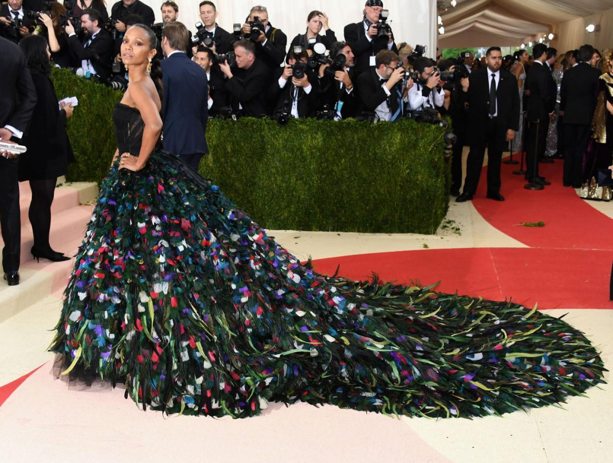 Ежегодный бал института костюма от журнала Vogue - 02.05.2016, Зои Салдана