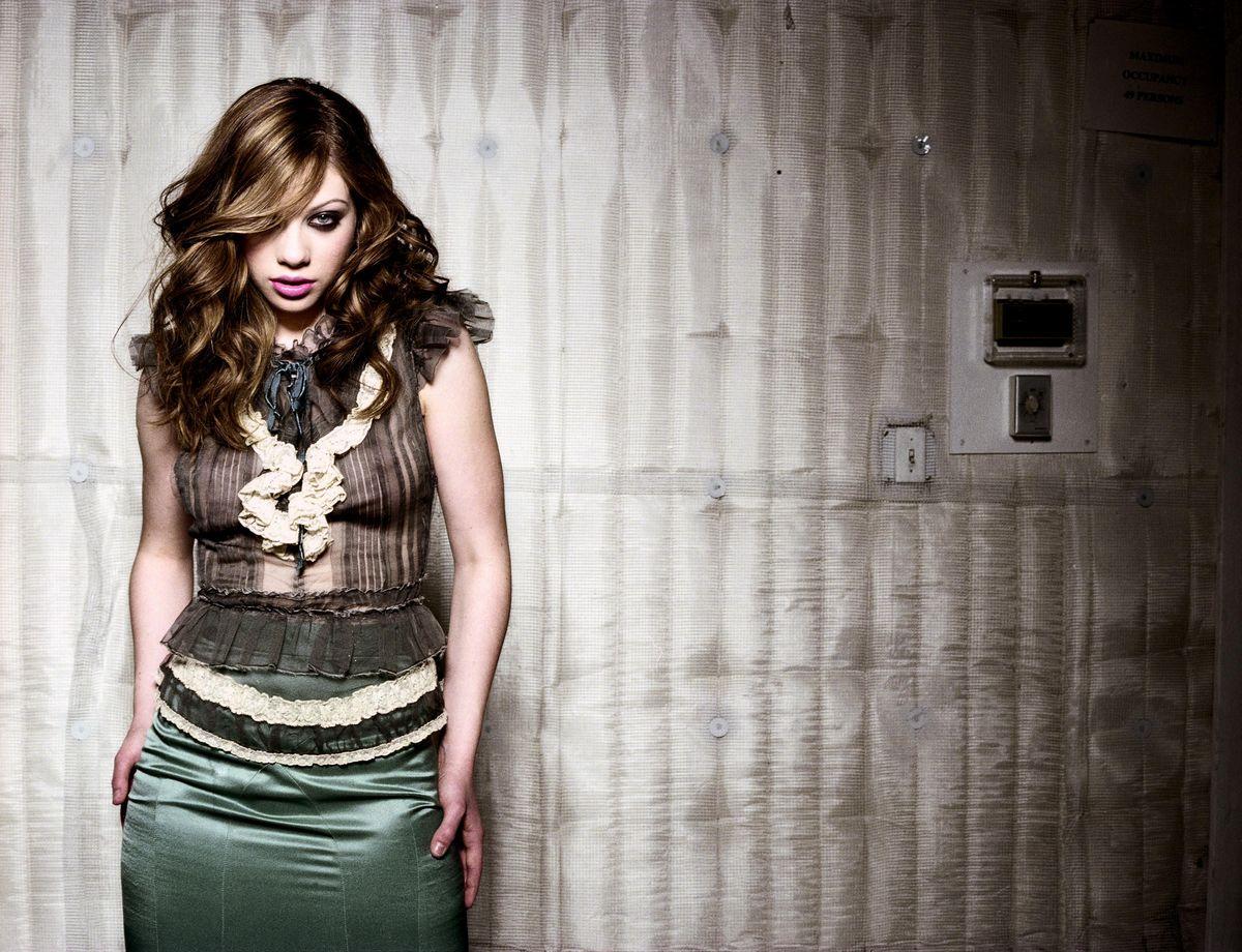 Мишель Трахтенберг в фотосессии для журнала Flaunt