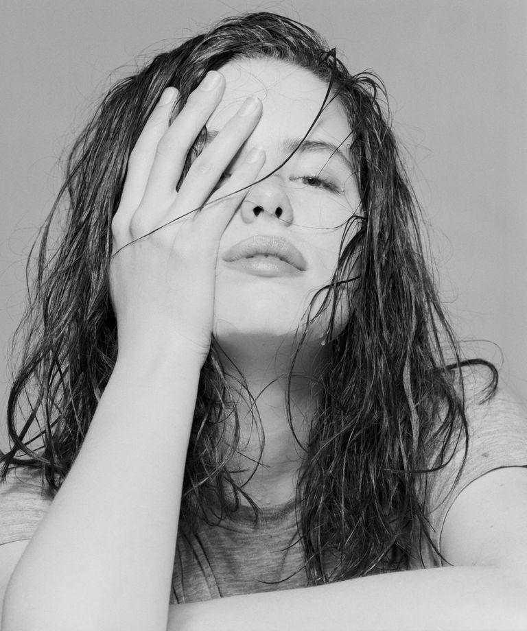 Кейт Бекинсейл в фотосессии Алана Стратта