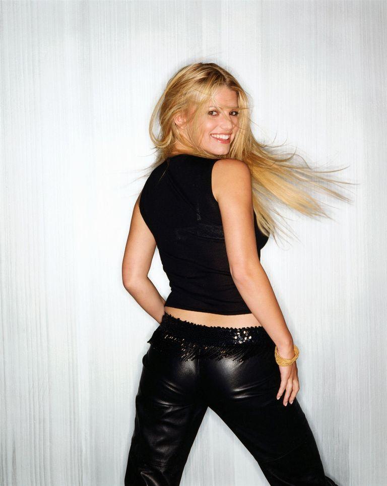 Джессика Симпсон в фотосессии Майкла О`Нила для журнала Glamour