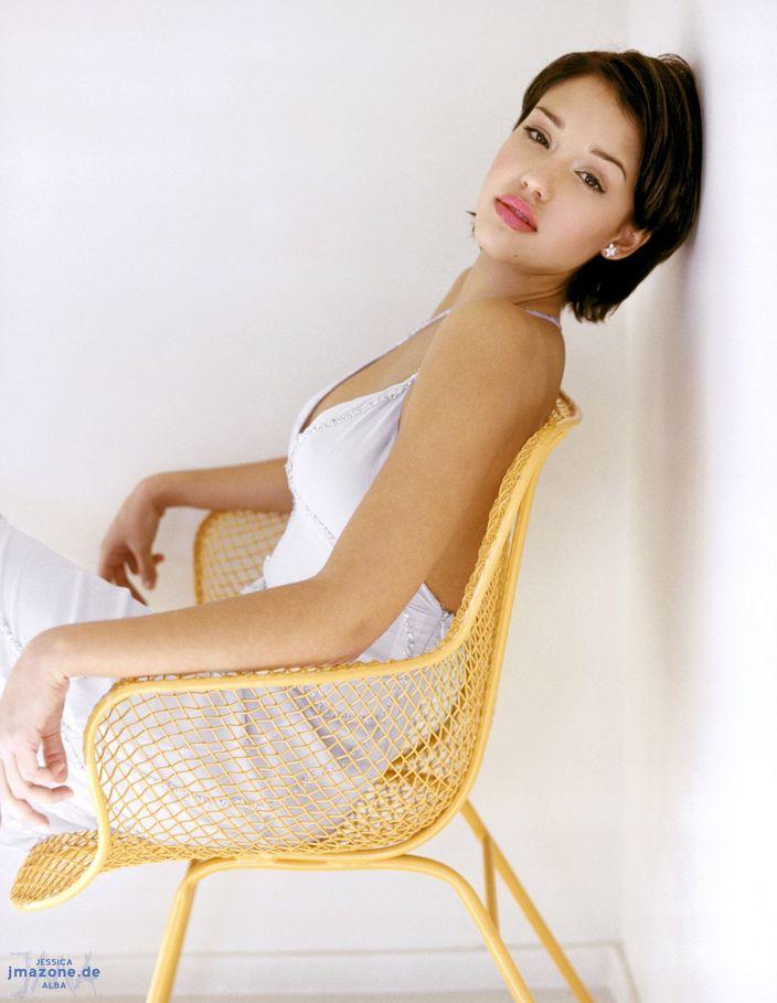 Джессика Альба в 1999 году в фотосессии Кейт Гарнер