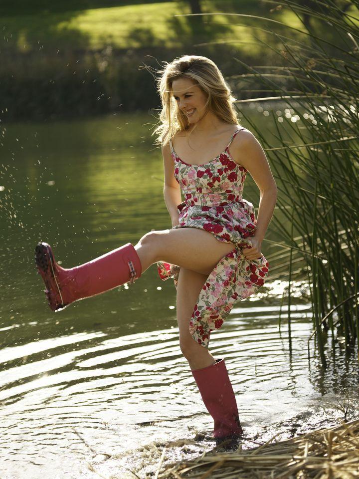 Алисия Сильверстоун в фотосессии Дона Флада для журнала InStyle