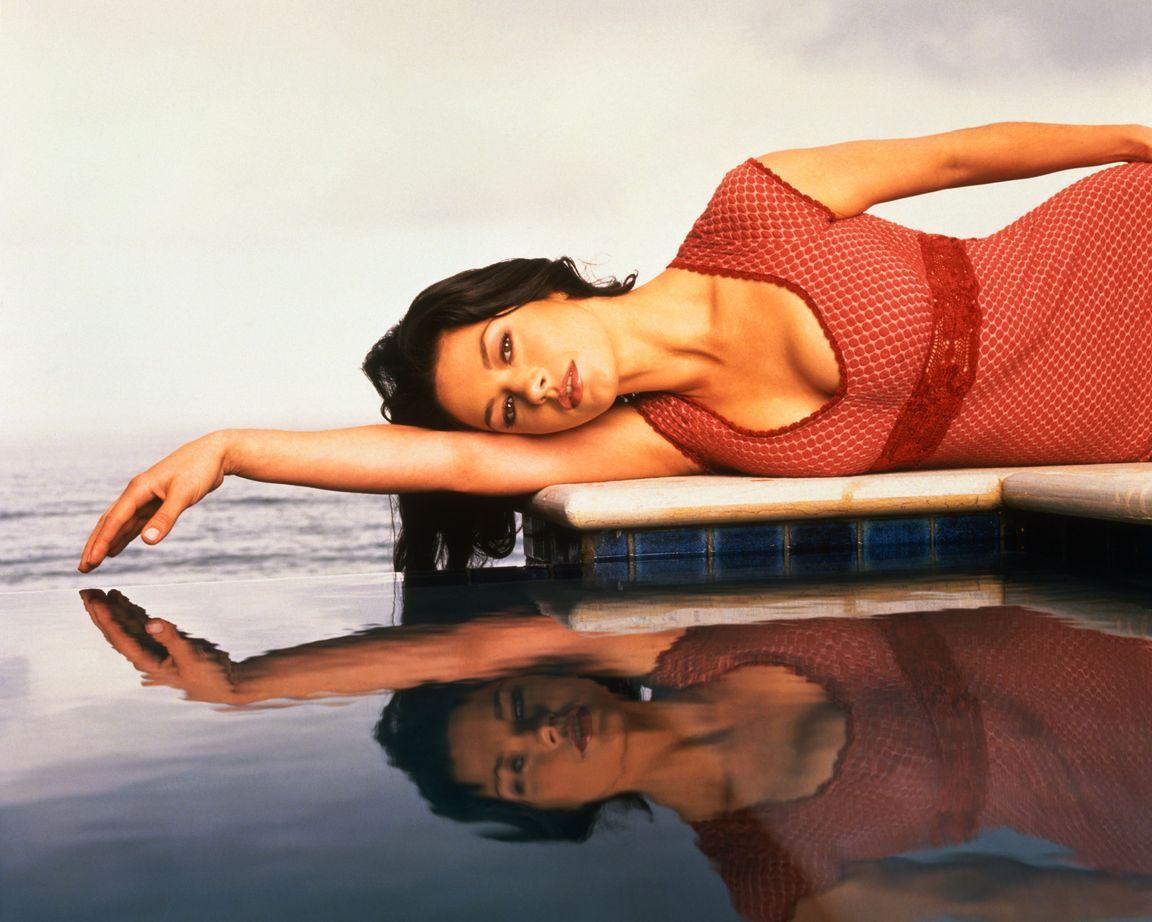 Кэтрин Зета-Джонс в фотосессии Майкла О`Нила