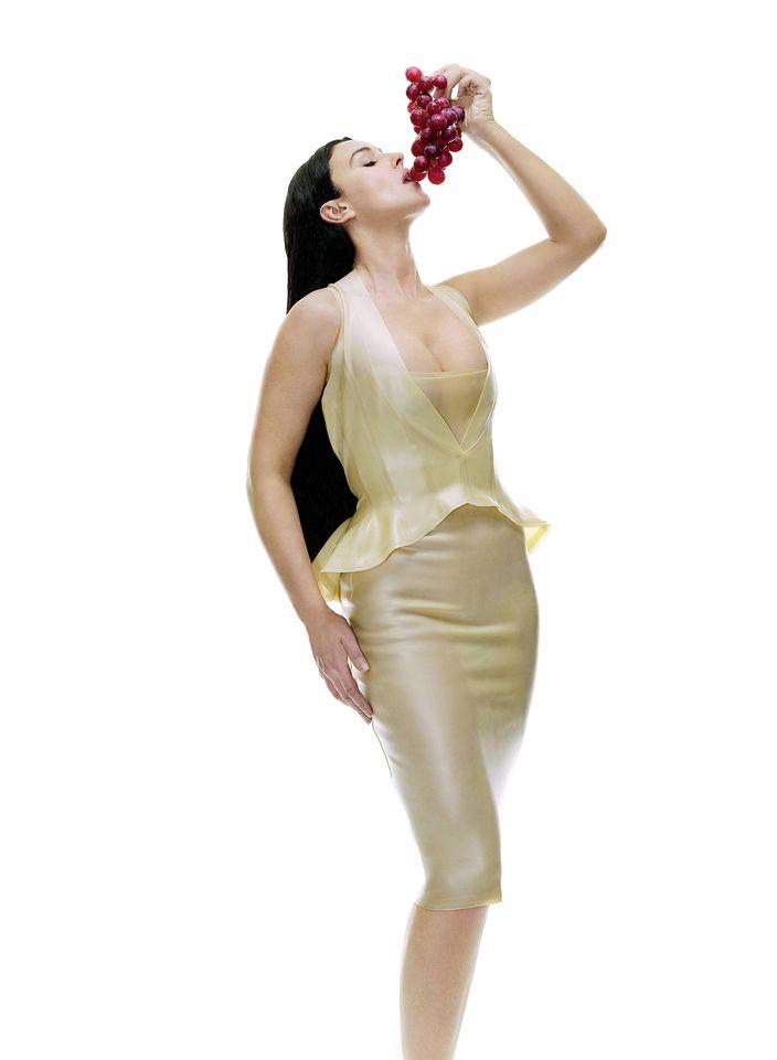 Моника Белуччи в фотосессии для фильма Матрица