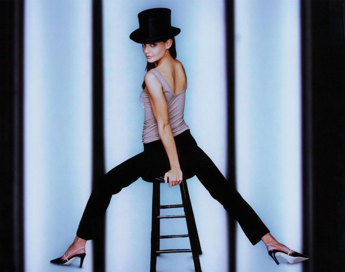 Кэти Холмс в фотосессии для программы Saturday Night Live