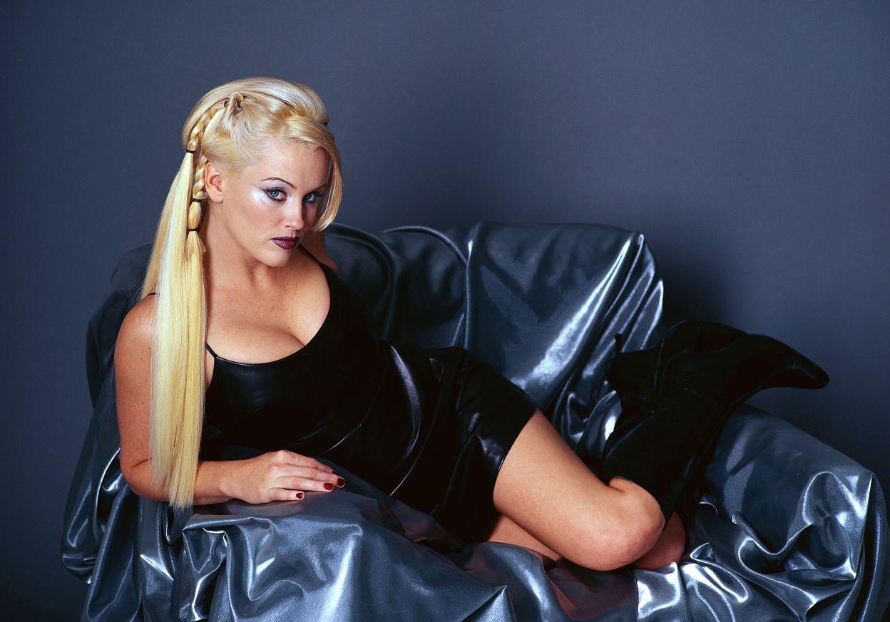 Дженни Маккарти в фотосессии Джона Руссо