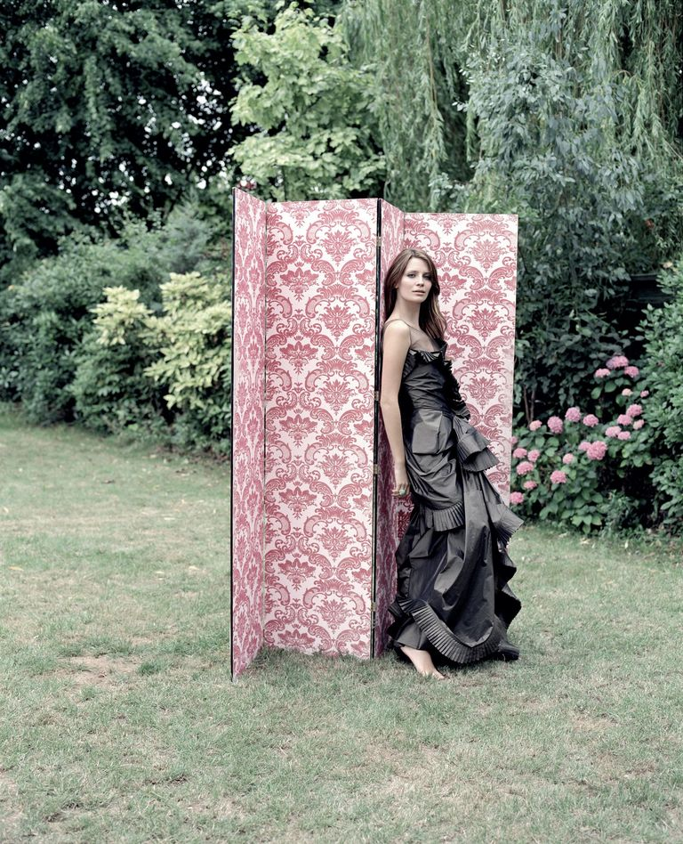 Миша Бартон в фотосессии Лоренцо Аджиуса для журнала Evening Standard