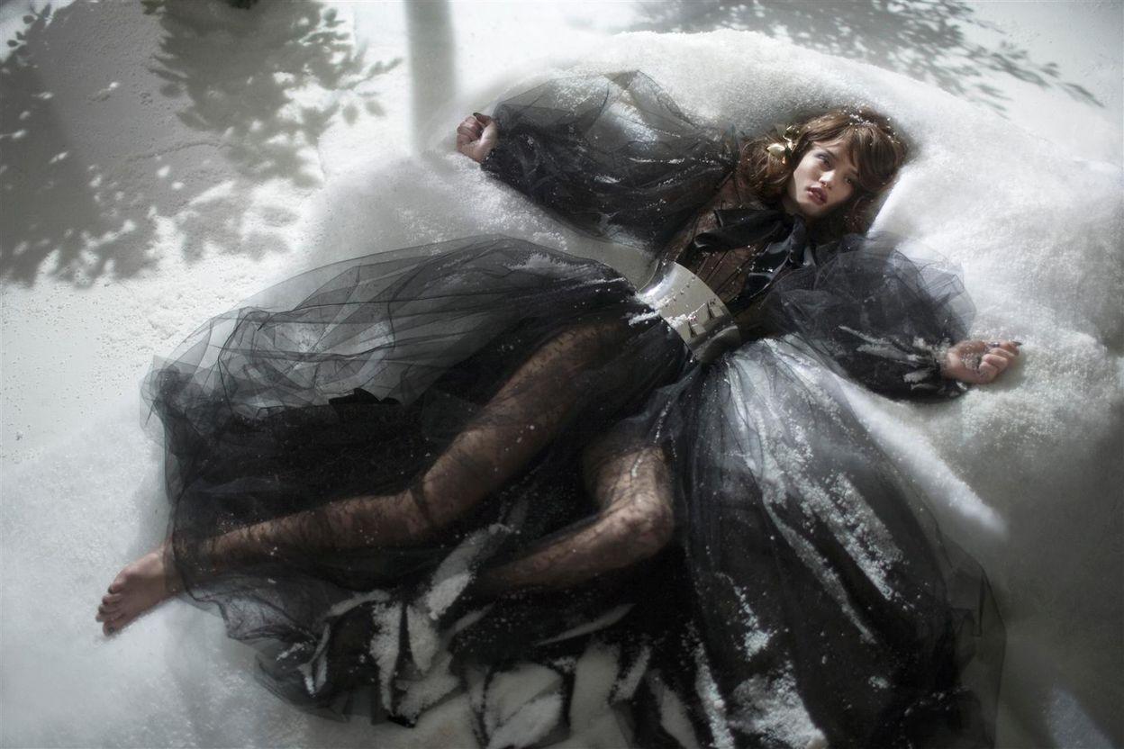 Роузи Хантингтон-Уайтли в фотосессии Грега Уильямса для журнала GQ