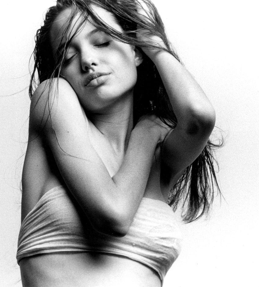 Анджелина Джоли в фотосессии Филипа Вонга