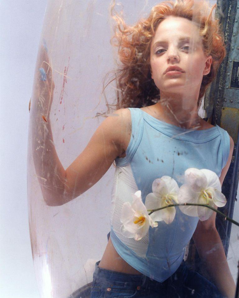Мина Сувари в фотосессии Изабель Шнайдер