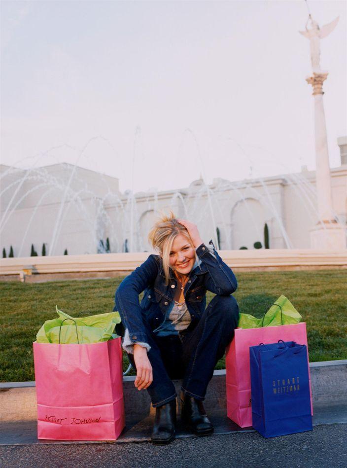 Кирстен Данст в фотосессии Дарси Хемли для журнала Seventeen