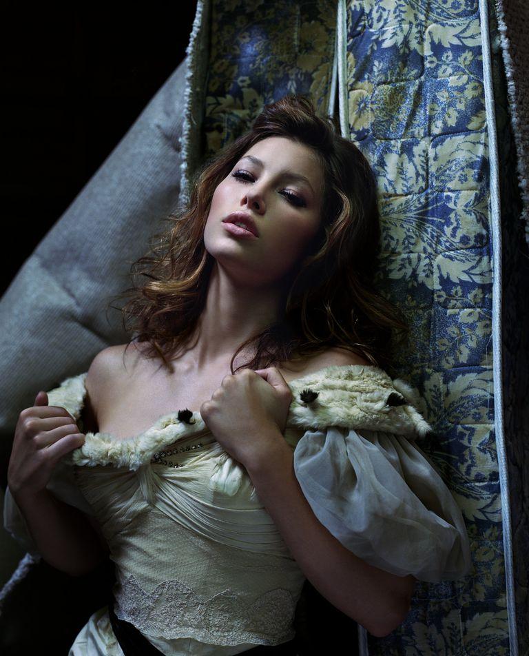 Джессика Бил в фотосессии Джеймса Уайта для журнала Flaunt