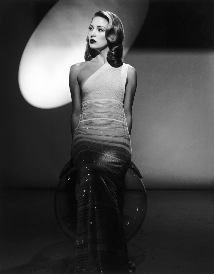 Кейт Хадсон в фотосессии Лена Принса для журнала Interview